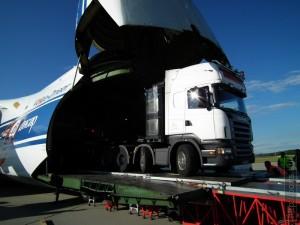 Ovit Zrt Szállítás Antonov AN-124